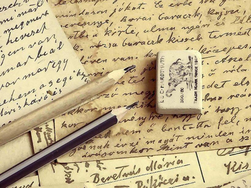 background 1995005 1920 820x615 - Dzienniki czasów wojny. Fenomen pisania
