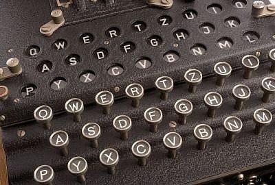 rotor cipher machine 1147801 1920 e1521488626458 400x270 - O Enigmie, wynalazkach i patriotyzmie