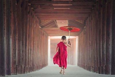 """umbrella 1807513 1920 400x270 - """"Baraka"""" podróż po 5 kontynentach"""