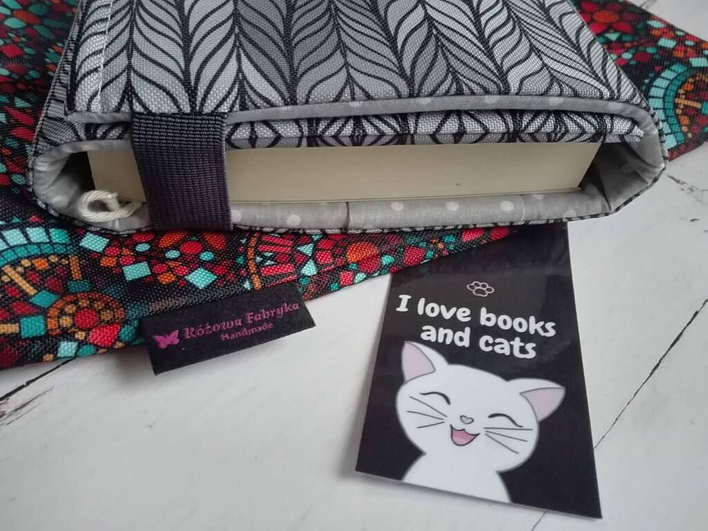 IMG 20201128 142402 1024x768 - Prezent świąteczny dla książkoholika: co kupić zamiast książki?